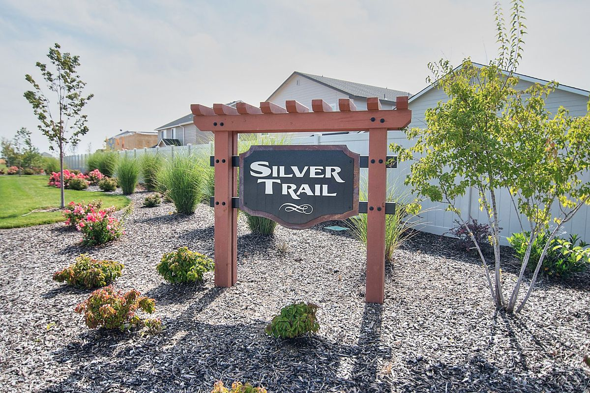 cbh-homes-silver-trail-1.jpg