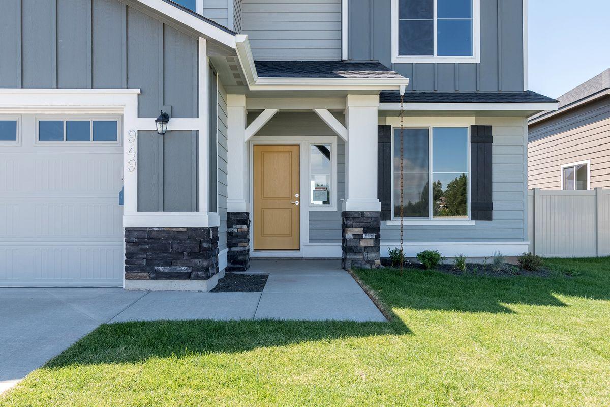 Copy of cbh-homes-cavanaugh-albany-2.jpg