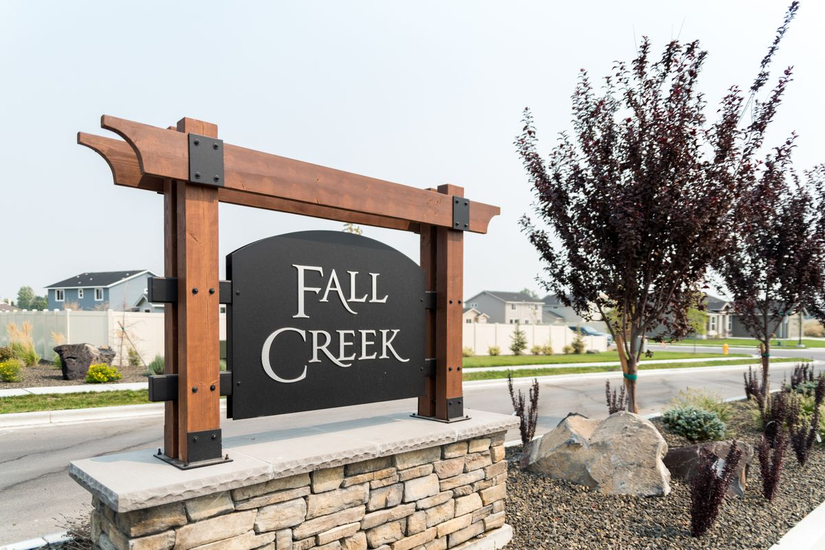 cbh-homes-fall-creek-1.jpg