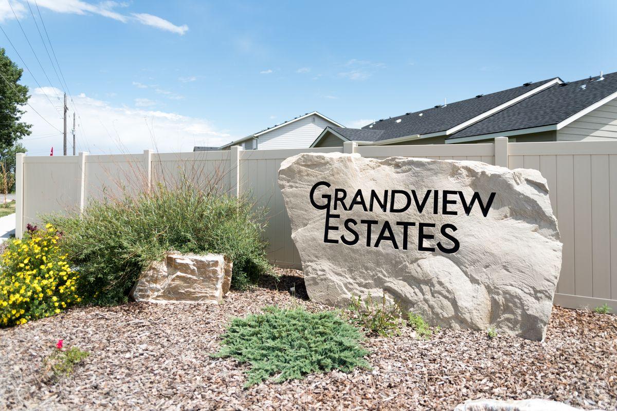 cbh-homes-grandview-estates-1.jpg